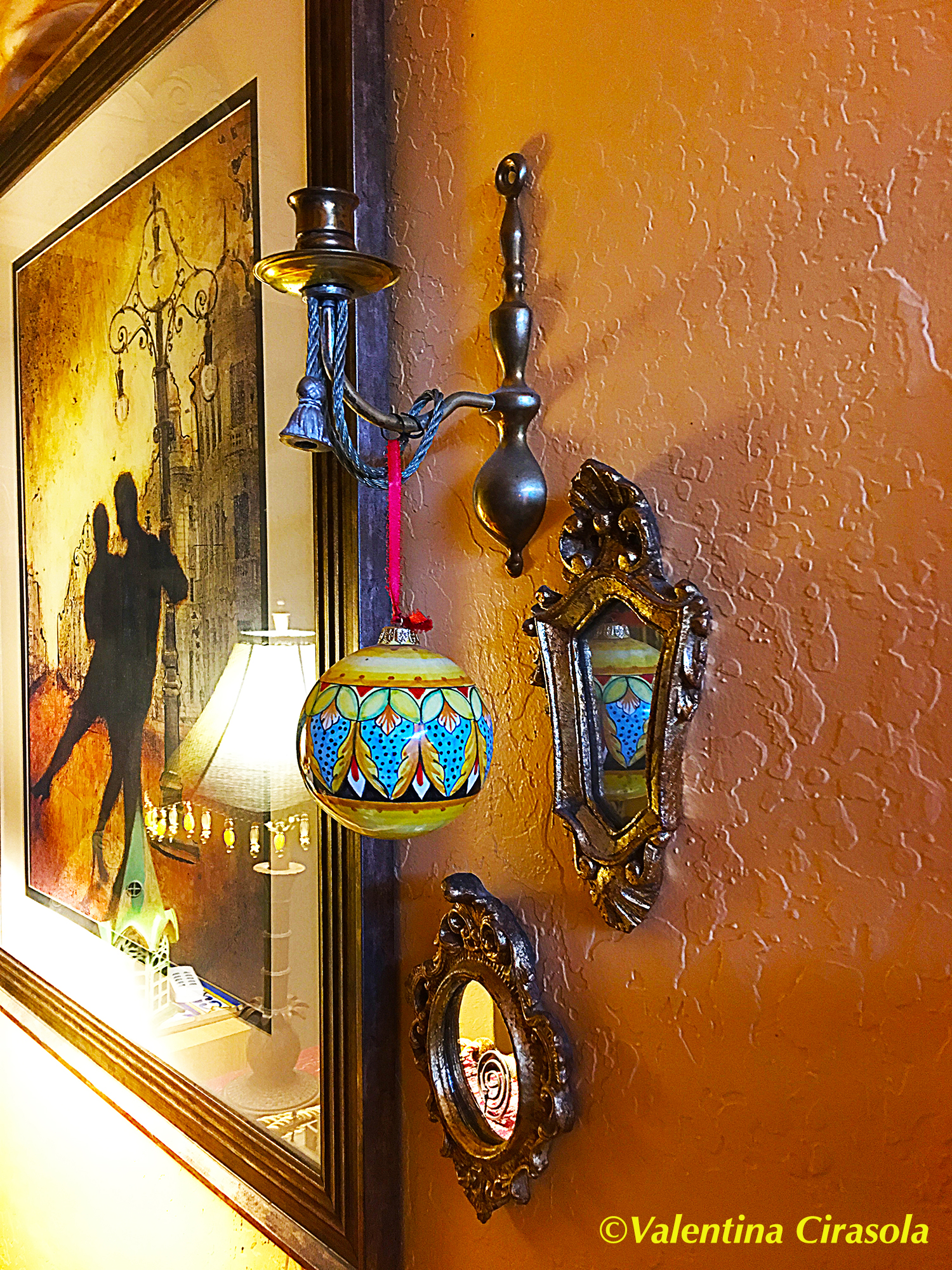 Small- Antique Mirrors Gallery Wall