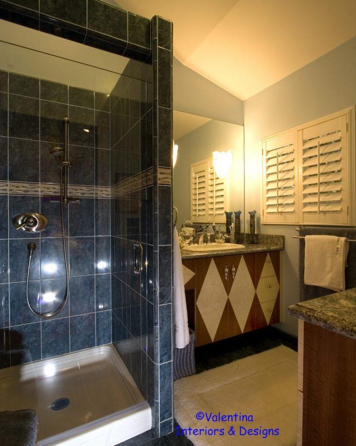 Girl's Bathroom – AFTER
