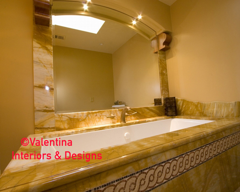 Her Bathroom - Tub Alcove - AFTER